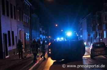 POL-VIE: Viersen: Auto kippt auf Seite - Fahrer leicht verletzt - Presseportal.de