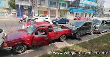 Carambola en bulevar Adolfo Ruiz Cortines - Vanguardia de Veracruz