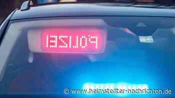 Traktor drohte auf B1 bei Helmstedt von Anhänger zu fallen - Helmstedter Nachrichten