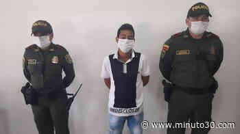 Andando en bus entre Chigorodó y Carepa agarraron a sujeto buscado por concierto para delinquir, extorsión y homicidio - Minuto30.com