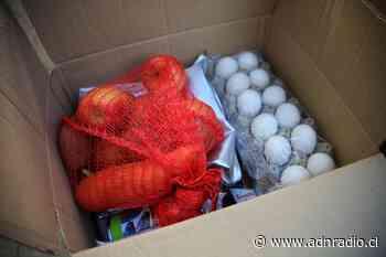 Alcaldes de Ancud y Dalcahue presentaron denuncia ante Fiscalía por alimentos en mal estado distribuidos por Junaeb - ADN Chile