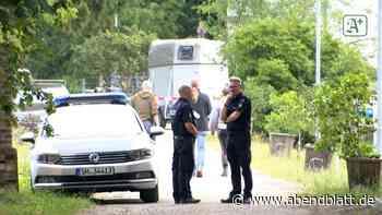 Toter vom Reiterhof in Quickborn: Polizei wertet Zeugenhinweise aus - Hamburger Abendblatt