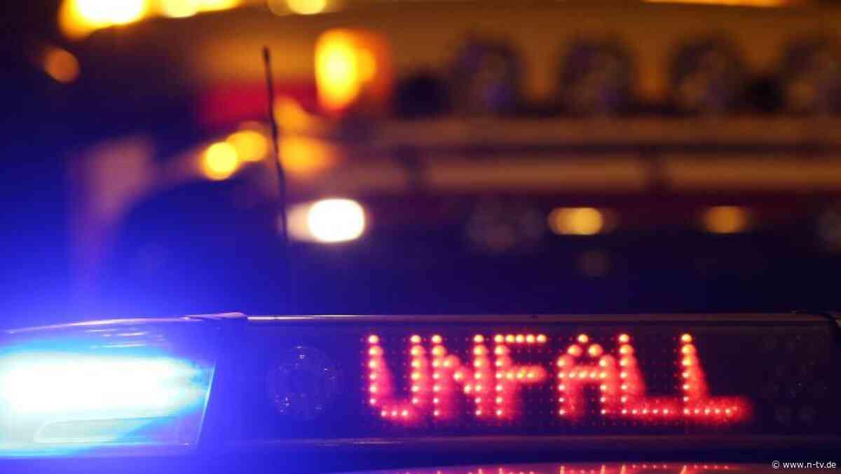 Sachsen:Drei Verletzte bei Unfall mit Notarztwagen in Freiberg - n-tv NACHRICHTEN
