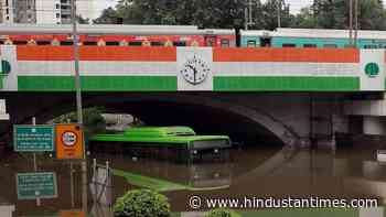 56-year-old tempo driver drowns in waterlogged Minto Road underpass - Hindustan Times