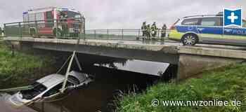 Spektakulärer Unfall In Apen: Porsche-Fahrer landet in Aper Bachlauf - Nordwest-Zeitung