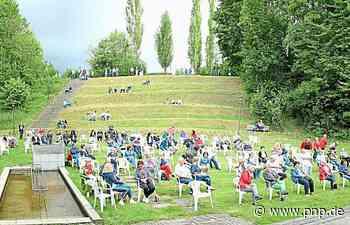 Manche hören jetzt vom grünen Hügel zu - Passauer Neue Presse