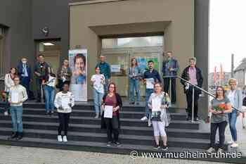 Erfolgreiche Verleihung von Schulabschlüssen in der VHS Mülheim