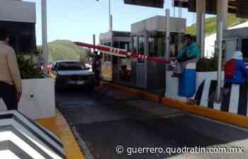 Toman normalistas de Ayotzinapa casetas de Chilpancingo y Huitzuco - Quadratín Michoacán