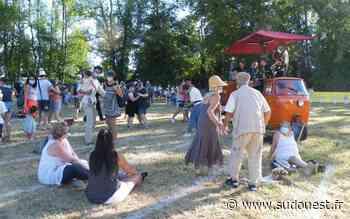 Festival Drôles de rues à Jonzac : une édition 2020 champêtre et masquée - Sud Ouest