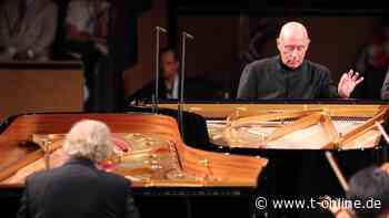 Eschenbach und Frantz spielen gemeinsam Piano - t-online.de
