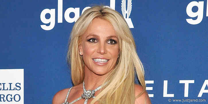 Britney Spears Says Goodbye To Heavy Makeup For Natural Beauty Selfie