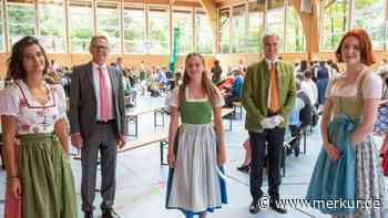 Gymnasium Miesbach: Ausnahme-Jahrgang feiert Ausnahme-Abi - Merkur.de