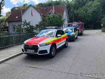 Rollstuhlfahrer stürzt in die Brenz: Feuerwehr und Hubschrauber in Giengen im Einsatz - Heidenheimer Zeitung