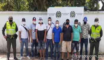 9 capturados en gallera clandestina en Piojó - Caracol Radio