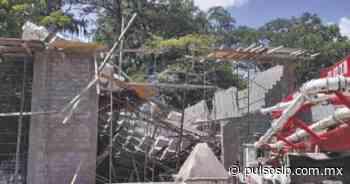 Cimbra cae encima de albañiles en Rioverde - Pulso de San Luis