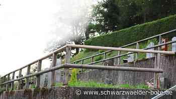 Triberg: Stahlpfosten ersetzen Holzgeländer - Triberg - Schwarzwälder Bote