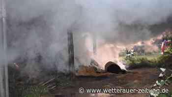 Lagerhalle in Rockenberg abgebrannt: Feuerwehr über Stunden im Einsatz - Bevölkerung hilft - Wetterauer Zeitung