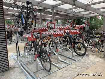 Fertig gestellt: Mehr Platz für Fahrräder am Bahnhof Falkensee - Märkische Onlinezeitung