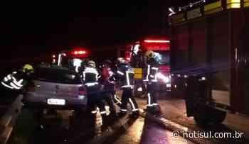 Colisão entre carro e caminhão, em Jaguaruna, mobiliza bombeiros da região - Notisul