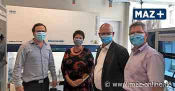 Wildau: Corona-Tests am Flughafen BER mit der Firma Biomes - Märkische Allgemeine Zeitung