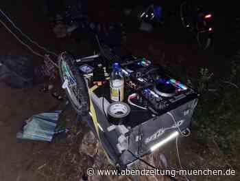 Rund 40 Feiernde - Germering: Polizei löst illegale Rave-Party im Wald auf - Abendzeitung