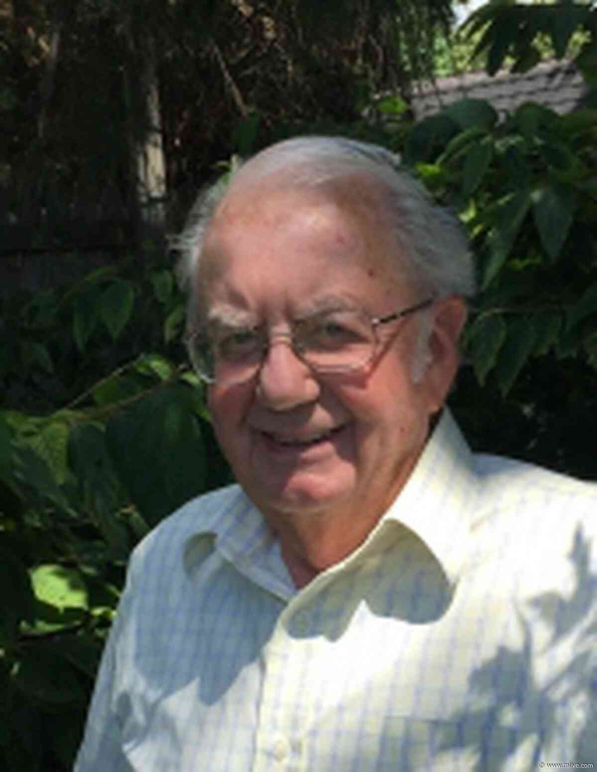 George Heron, former executive director of United Way of Bay County, dies at 82 - mlive.com