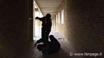 """Orzinuovi, ragazzo di 18 anni pestato dal branco. La madre: """"Me lo hanno portato a casa mezzo morto"""" - Fanpage.it"""