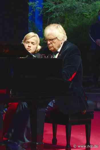 SHMF: Frantz und Eschenbach spielen Piano - NDR.de