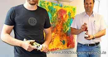Kreativer Unternehmer aus Wiesbach zu Besuch im Rathaus Eppelborn - Saarbrücker Zeitung