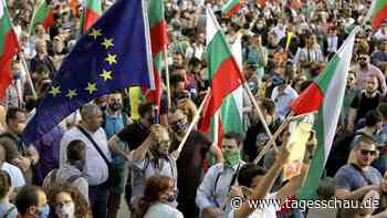 Proteste in Bulgarien: Angst vor versickernden EU-Geldern - tagesschau.de