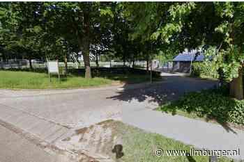 Voerendaal laat voetbalveld bij VV Hellas zelf herstellen en legt de rekening bij de aannemer - De Limburger