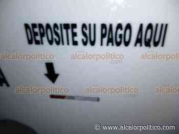 Taxistas de Coatepec instalan sus protectores contra coronavirus - alcalorpolitico