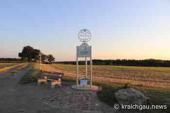 Skulptur mit Sitzbank: Der 49. Breitengrad in Walzbachtal-Wössingen - kraichgau.news