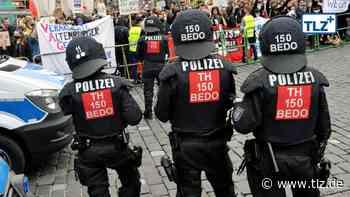 Demonstrant in Altenburg geschlagen? Vorwürfe gegen Polizeibeamte - Thüringische Landeszeitung