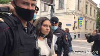 Moscow Police Detain Protesters Demanding Release Of Two 'Rostov' Activists - Radio Free Europe/ Radio Liberty
