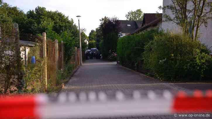 Hanau: Nachbarin findet Leiche in Erlensee – Polizei fahndet jetzt nach Auto - op-online.de