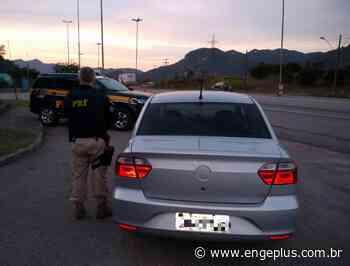 PRF recupera automóvel furtado há quatro meses na BR-101, em Imbituba - Engeplus