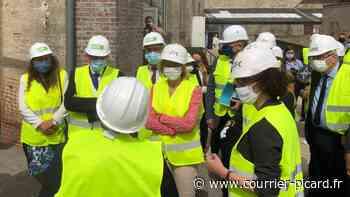 Neuilly-en-Thelle: Barbara Pompili visite un chantier de rénovation énergétique - Courrier Picard