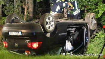 Unfall bei St. Wolfgang Mit Auto überschlagen: 19-Jähriger verletzt - Merkur.de