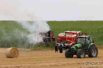 Un roundballeur prend feu en plein champ près de Grandvilliers - Le Réveil de Neufchâtel