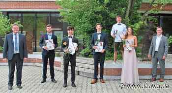 Mainburg: Bürgermeister gratuliert den besten Abiturienten - idowa