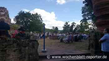 """Das Wochenende auf Burg Nanstein: Highlandfestival """"unplugged"""" und Burschmusik - Wochenblatt-Reporter"""