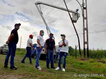 Alumbran carretera Santa Cruz-Palo Negro elsiglocomve - Diario El Siglo