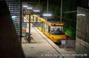 Stadtbahnhalt in Gerlingen - Jugendliche prügeln sich auf Bahnsteig - Stuttgarter Zeitung