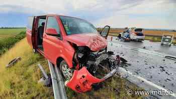Zwei Autofahrer sterben nahe Radeberg und Lößnitz - MDR