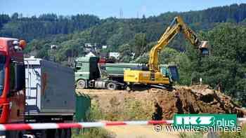 Kreuztal: Gericht sagt Ortstermin am Erdwall in Krombach ab - IKZ
