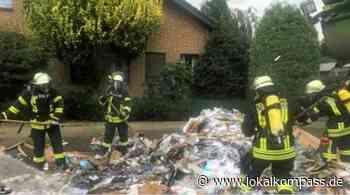 Einsatz für die Feuerwehr in Dingden: Müllfahrzeug brannte - Lokalkompass.de