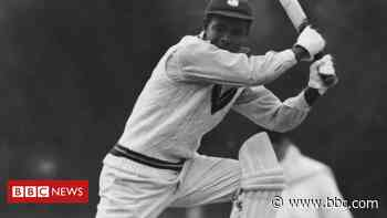 Town to host 'lasting memorial' to cricket legend - BBC News