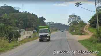 Acidente entre carro e motocicleta causa lentidão na BR-470 em Indaial - Mobilidade Floripa