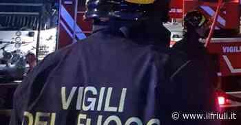 Azzano Decimo, con l'auto abbatte un palo della luce - Il Friuli
